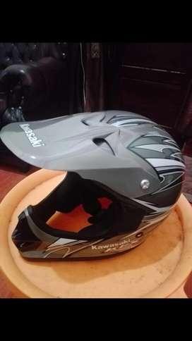 Helm Kawasaki KLX Bagus