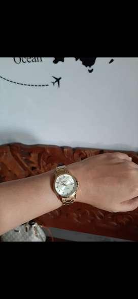 Jam tangan wanita CASIO