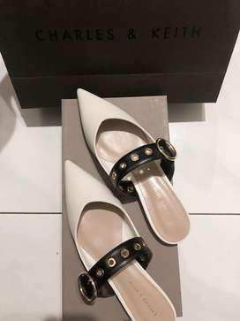 For sale CHARLES & KEITH SIZE 36