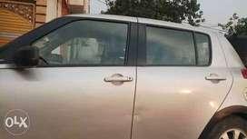 2005 Maruti Suzuki Swift petrol 67000 Kms