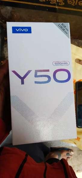Vivo Y50 8gb ram 128 rom
