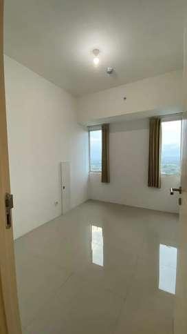 Murah, Semi Furnish! Apartemen Tanglin Pakuwon Mall 2BR semi furnish