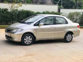 Honda City 2004 Petrol top end  Well Maintained