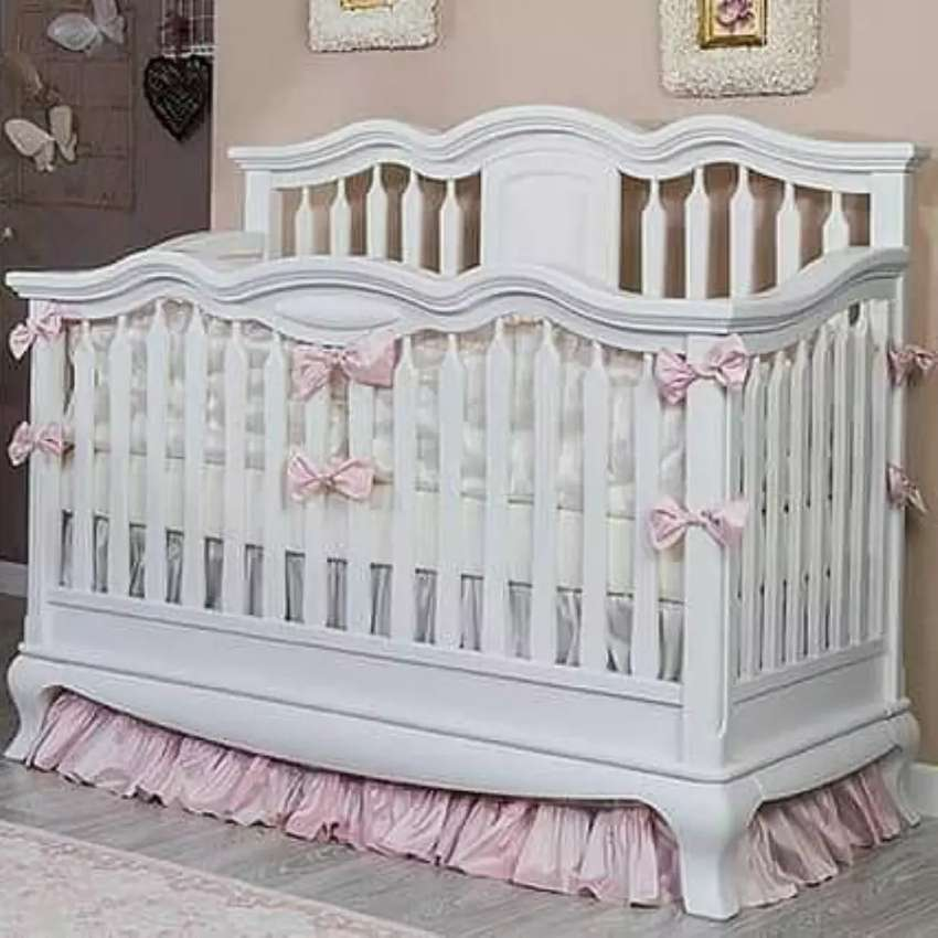 Tempat tidur bayi white Duco
