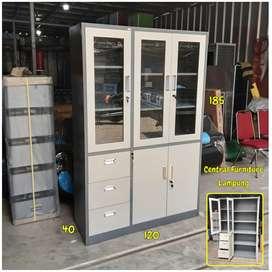 Lemari arsip kantor / lemari berkas besi 3 pintu kombinasi 3 laci