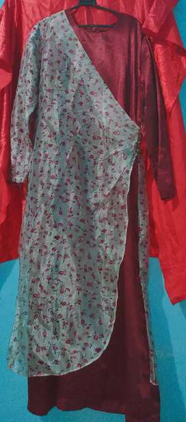Gamis merah maroon satin