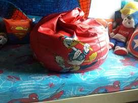 Bean bag in red colour