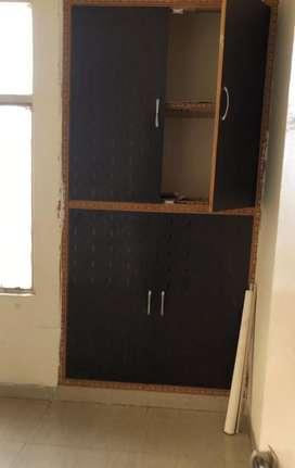 2bhk semi furnished flat at 4th floor