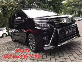 Toyota Voxy 2.0 th 2019 Akhir km 10 rb