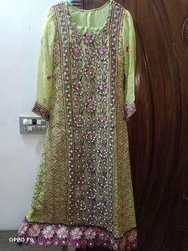 Party wear maxy long, parrot colr