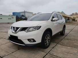 Nissan X-trail 2.5 2014 Model 2015 Km 40 Ribuan Warna Putih Metalik