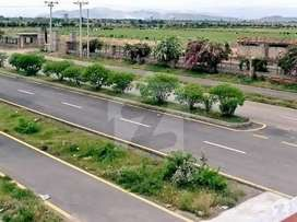 One kanal plot Available for sale in Regi Model town Peshawar