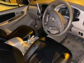 Toyota innova G4