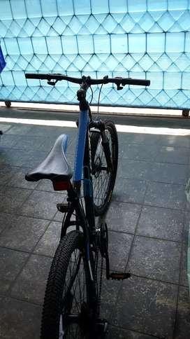 Sepeda gunung levanti 8 gigi