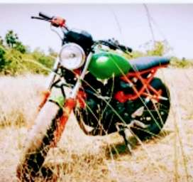 Good condition good looking.225ccboosded engine