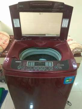 LG fully automatic washing machine  8kg top load