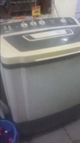 Excellent condition 5 year old videocon washing machine 7,5