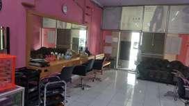 Loker stylist salon