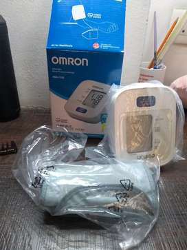 Automatic blood pressure monitor by OMRON