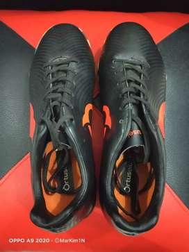 Sepatu Futsal Ortuseight Helios Forte IN Black original Ortred