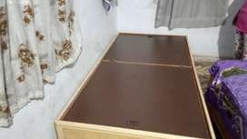 Box bed wooden