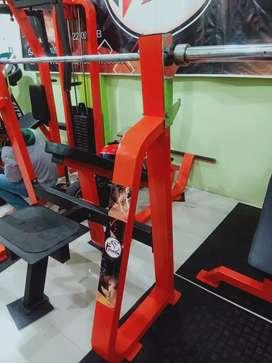Alat fitness incline press