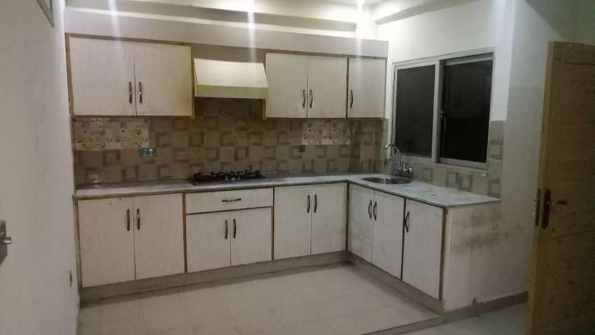E11/4 2bed rooms flat peace ful living for rent in famliy residential 0