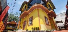 Istana Classic Minimalis di Pusat Kota