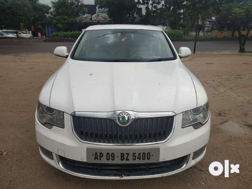 Skoda Superb Elegance 1.8 TSI AT, 2010, Petrol 0