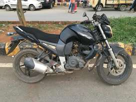 Yahama FZS Black in good condition.