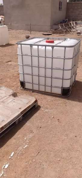 Water tanks 1000ltr