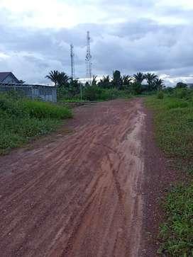 Tanah pinggir jalan raya (pin merah) lebar jalan 15 meter.