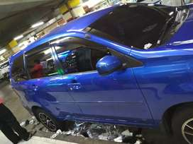 Pemasangn kaca film mobil langsung dilokasi pelanggan