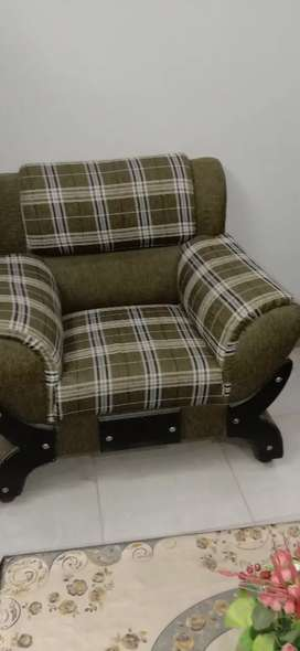 Sofa set 7 seater new condition