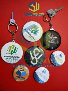 Gantungan kunci & Pin