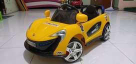 Mainan mobil remote aki / mobil mobilan aki / mobil aki anak