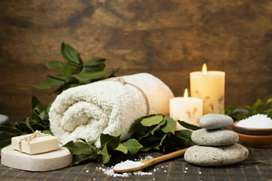 Female Massage Spa Therapist