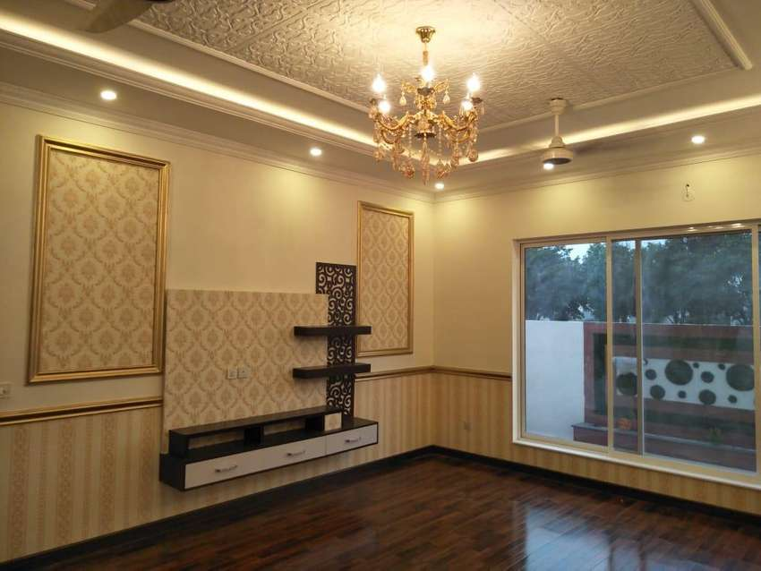 1 Kanal 6 Bedrooms House For Sale in Bahria Town Lahore 0