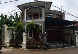 Dijual rumah lux bagus 2 lantai dlm cluster