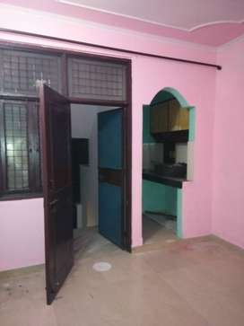 1 bhk 32 meter 2nd floor for rent near CPS sector 3F vaishali