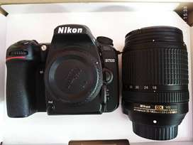 NIKON D7500 (In warranty period with warranty card)