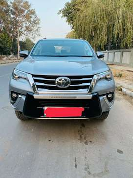 Toyota Fortuner 2.7 2WD AT, 2019, Petrol