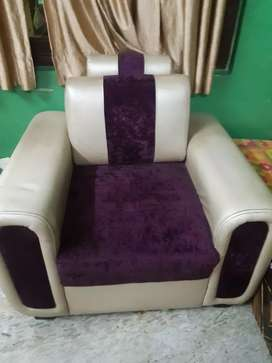 Sofa set looking new condition..