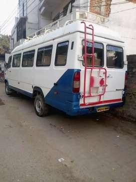 Mai apni traveller 20 seater well condition bech raha hu