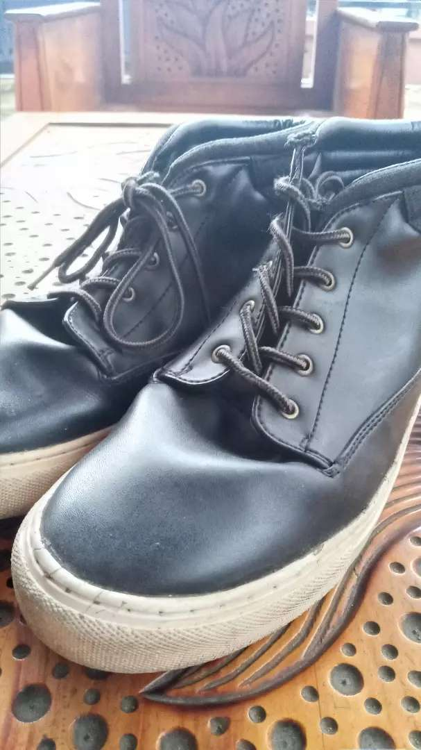 Sepatu Pria Bahan Kulit 42/43 0