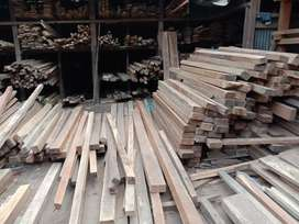 Timber / wood shop for rent at Zoo road. 3500 sq.ft inbuilt area.
