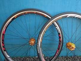 Wheelset/velg spdroadbike 700c rem disc break ban Kenda