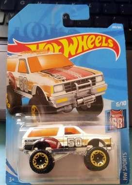 Hot Wheels Chevy Blazer 4x4