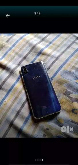 Second hand vivo v11 phone @ 16000 new condition
