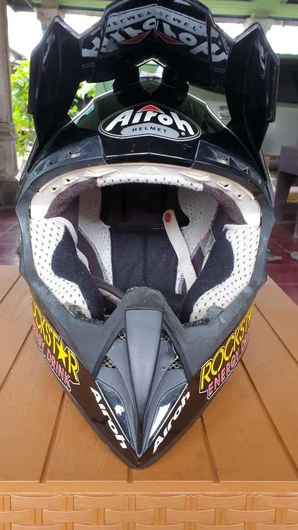Helm airoh rockstar